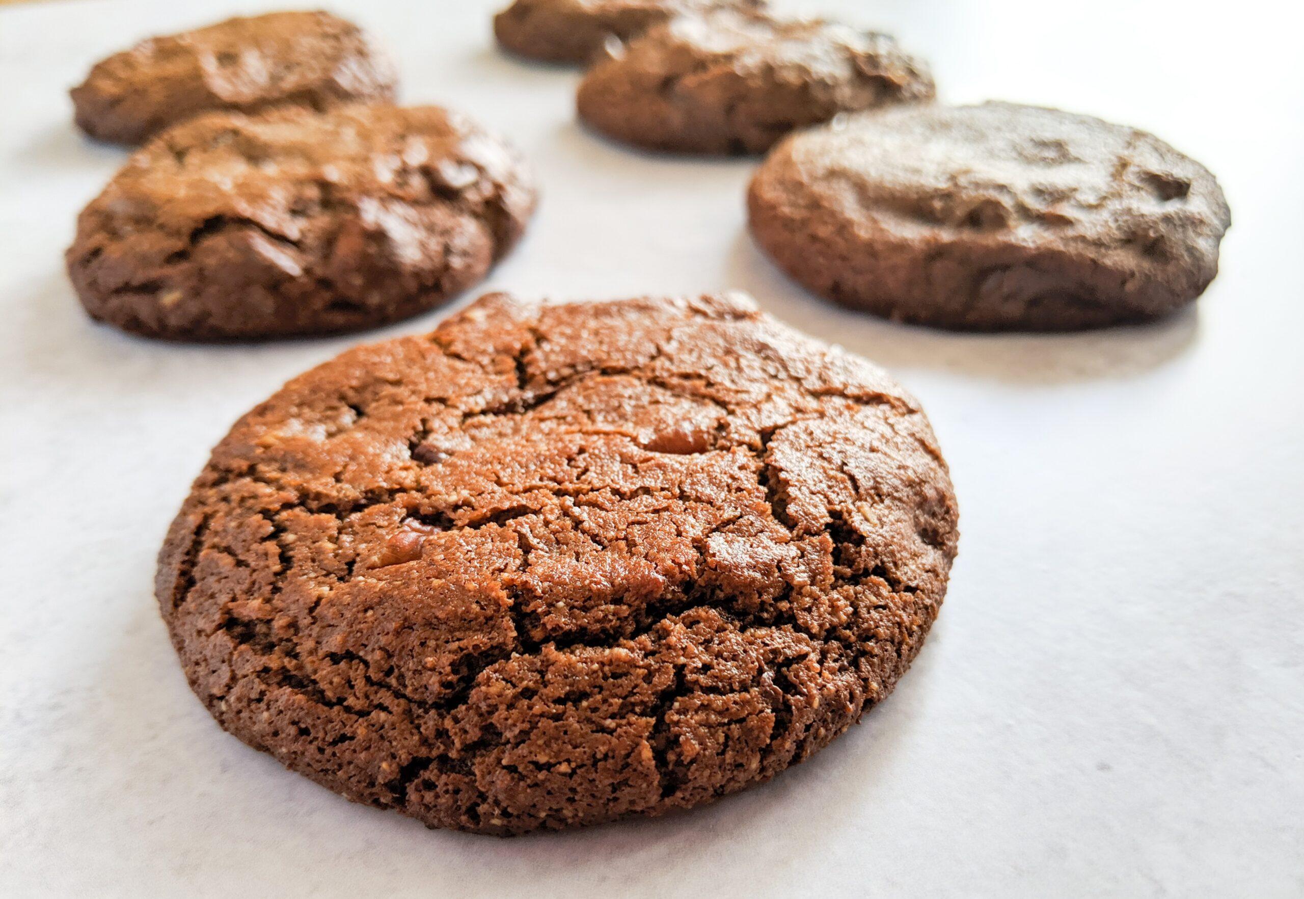 עוגיות שוקולד ללא גלוטן. צילום: אסי רוז