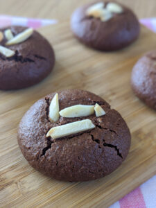 עוגיות שוקולד חלבוניות צילום: אסי רוז